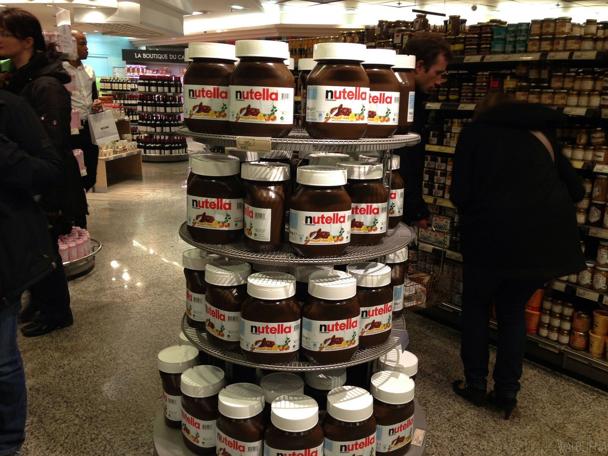 Galeries Lafayette a nutella et d'autres articles internationaux