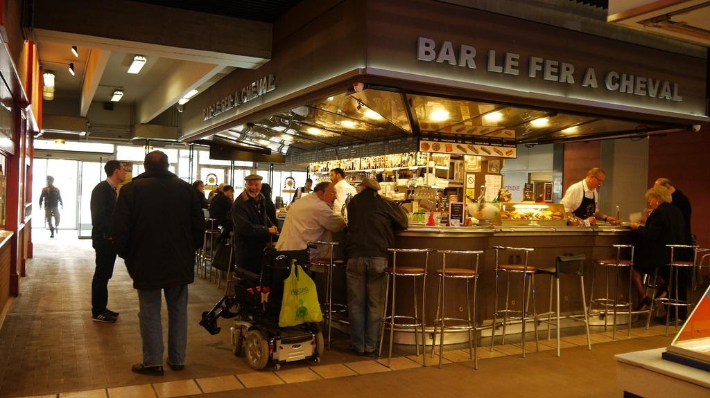 Bar Les Halles Lyon Francia