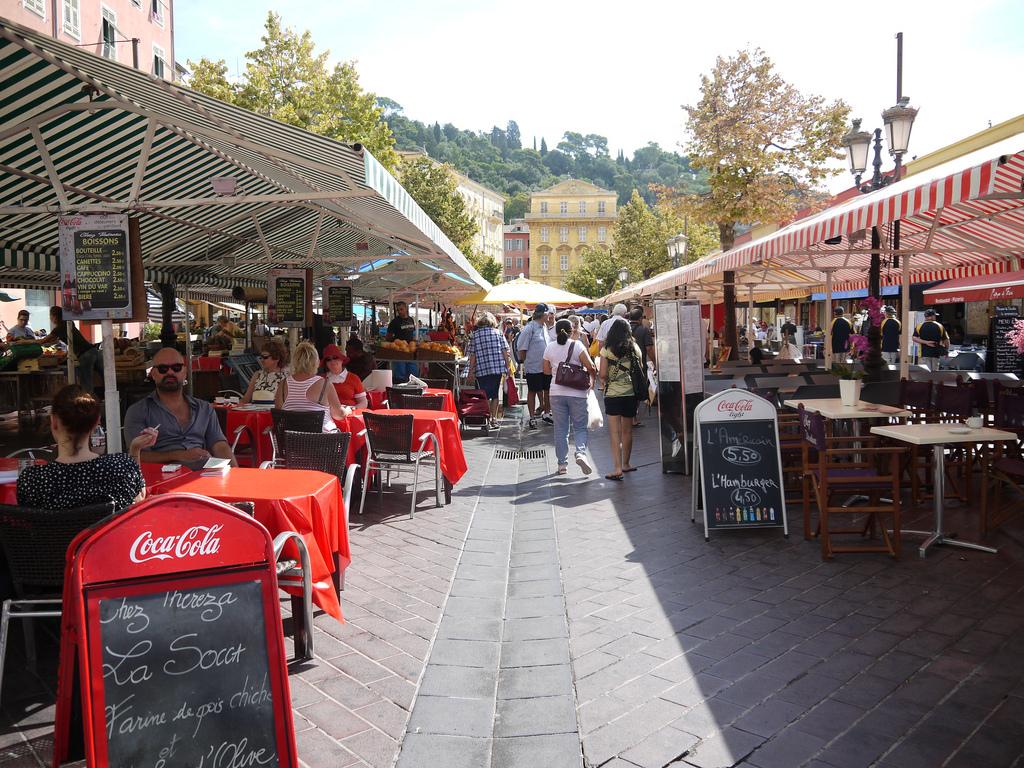 Nice, Mercado de la flor de Francia
