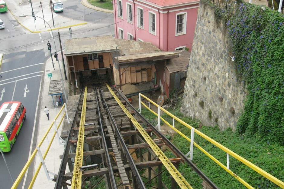 Vina del Mar Chile elevator