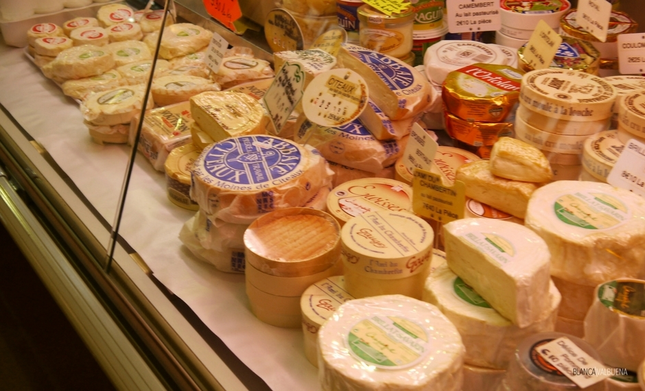 The Beaune Farmer's Market is a paradise for Cheese lovers