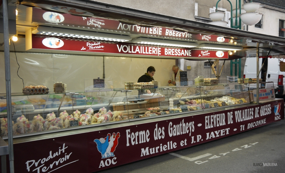 You can buy Poulet de Bresse at Beaune's Farmers Market