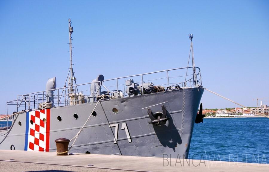 A boat on Zadar's harbor
