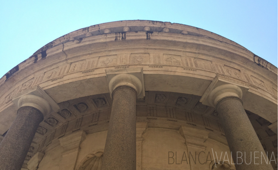 Bramante's Tempietto is a high renaissance building using classical elements