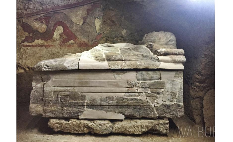 sarcophage étrusque