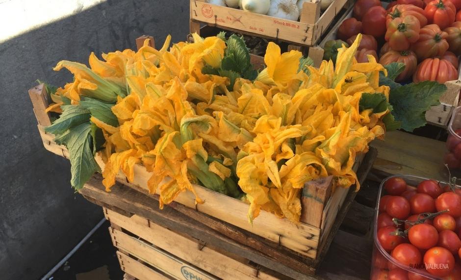 Para os produtos go super frescos para San Cosimato Mercado em Trastevere