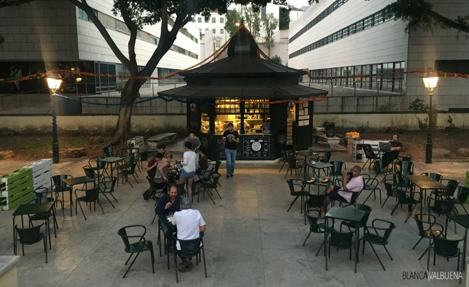 A nice spot to meet friends in the Summer in Lisbon is the Kiosk of Sao Bento