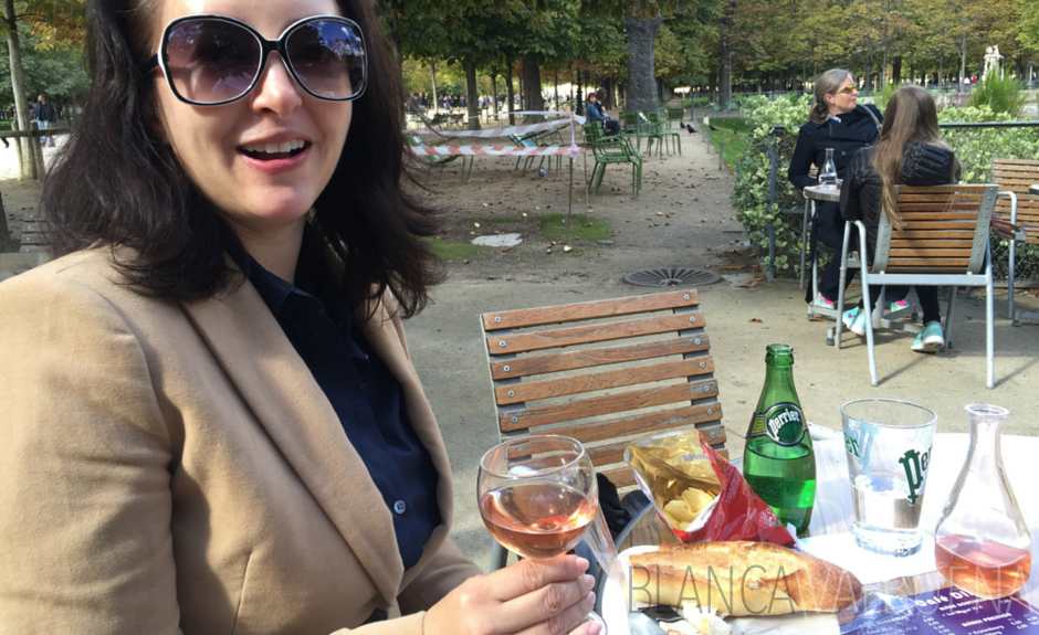One of many restaurants in the Tuileries Gardens and other Tips for Visiting The Louvre