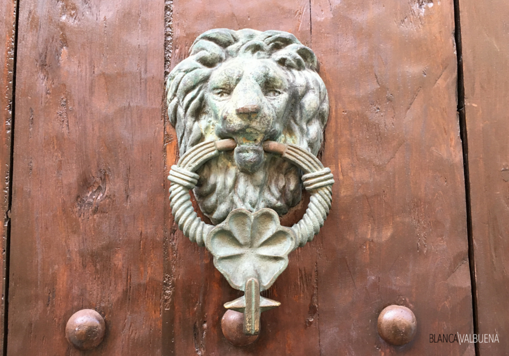 Lions meant a military family lived in the cartagena home