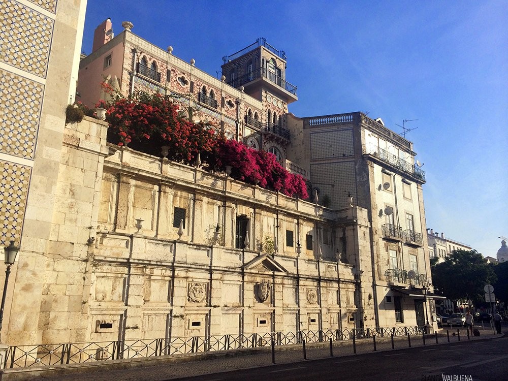 non touristy things to do in lisbon